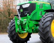 johndeere_6145R_1.JPG