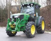 johndeere_5085GF_2.jpg